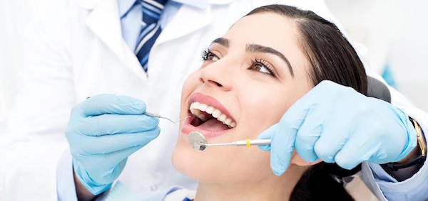Keep Your Teeth Healthy and White with Regular Dental Check-up