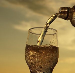 Sparkling Water and Teeth Good Bad, or Indifferent | Dentist Bondi